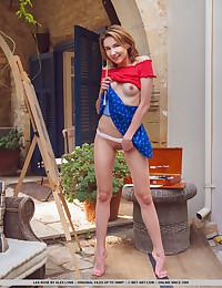 Lea Rose nude in glamour..